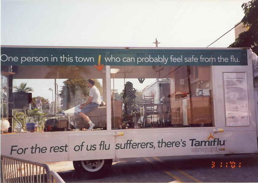 Tamiflu-display-trailer-miami