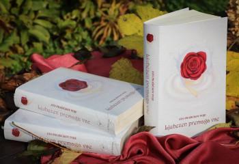 Knjiga Sto prašičkov poje - Ljubezen premaga vse